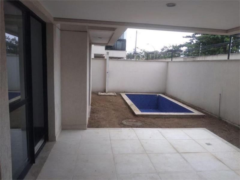Apartamento em RECREIO DOS BANDEIRANTES  -  Rio de Janeiro - RJ